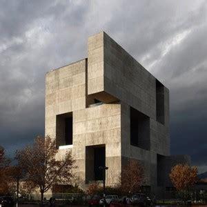 monolithic concrete box trumps sydneys living facade