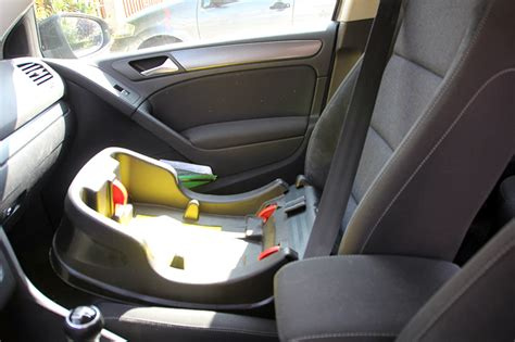 comment installer un siege auto dans une voiture b 233 b 233 la voiture et la s 233 curit 233 les aventures du