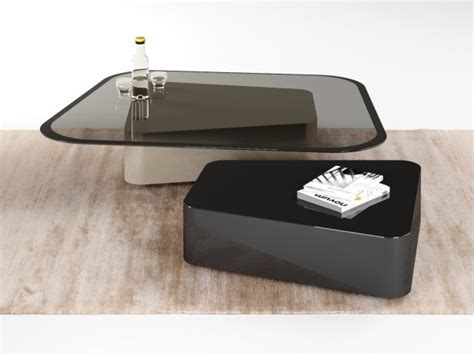 mayfair coffee table  model molteni  italy