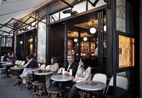 exterieur terrasse les antiquaires paris cafe