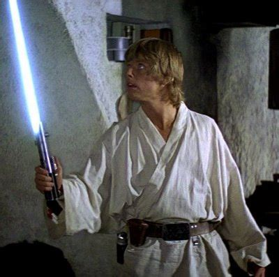 what color lightsaber does luke skywalker plot explanation why does anakin luke s lightsaber