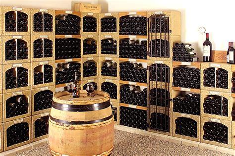rangement cave a vin rangement cave a vin 14 casiers 224 bouteilles de cave en reconstitu 233 e argeroc vinobloc