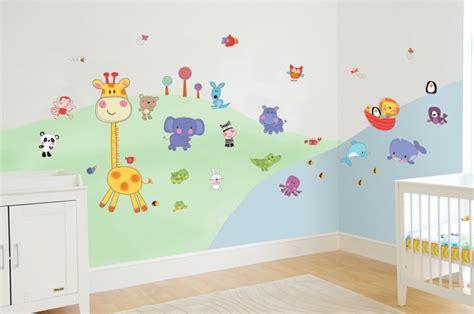 decoration murale chambre bebe décoration murale chambre bébé pour la création d 39 une