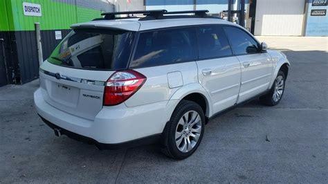 subaru automatic 2007 subaru outback station wagon white 3 0l automatic