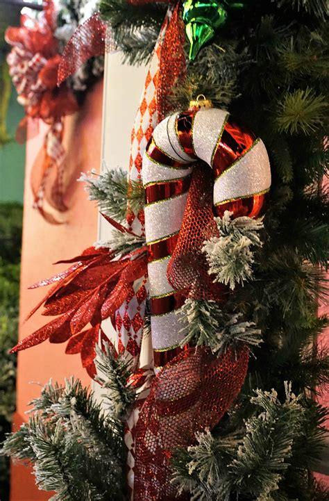 unique festive      holidays