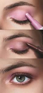 Apprendre A Se Maquiller Les Yeux : comment maquiller les yeux verts 50 astuces en photos et vid os ~ Nature-et-papiers.com Idées de Décoration