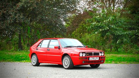 lancia delta integrale evo ii   classic hot hatch