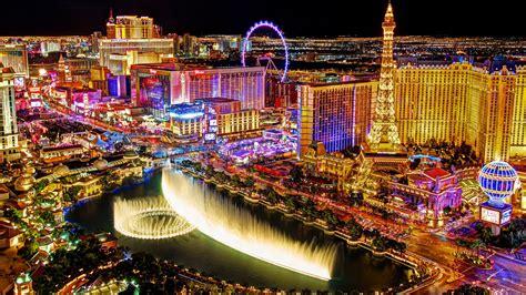 2560 X 1600 Wallpaper Las Vegas Strip At Night Seen From The Balcony Of The Cosmopolitan Hotel Desktop Wallpaper For