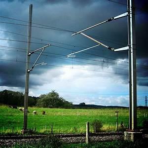 Overhead line - Wikipedia