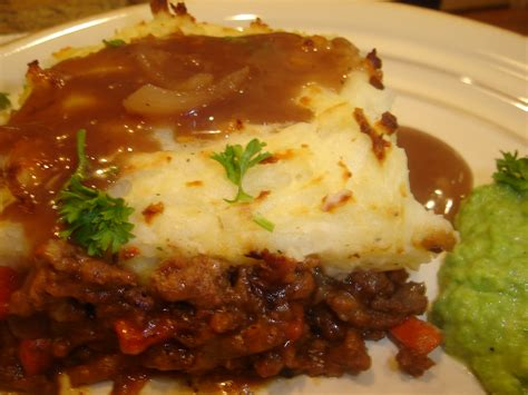 Cottage Pie Gravy by Cooking With Elise Shepherd S Pie With Gravy
