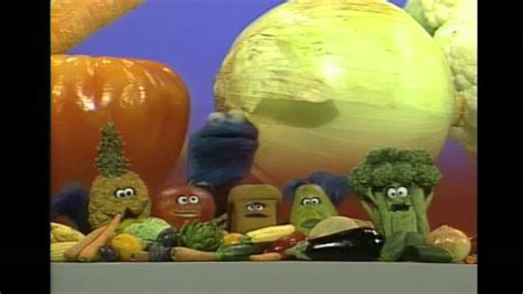 It really is that simple. Sesame Street: Healthy Food - YouTube