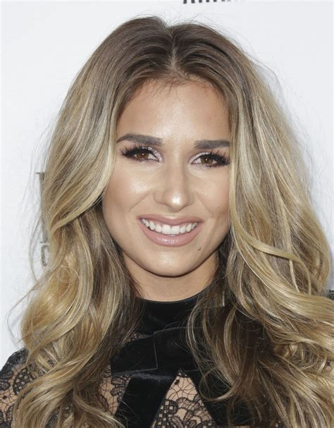 Jessie James Decker  64th Annual Bmi Country Awards In