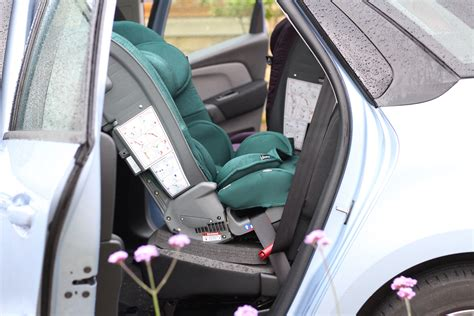 rear facing siege auto shocking photo rear facing car seat saved my s