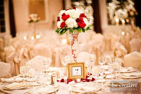 white and gold with a little red #wedding #decorations