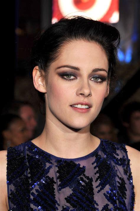 Kristen Stewart at The Twilight Saga: Breaking Dawn Part 1 ...