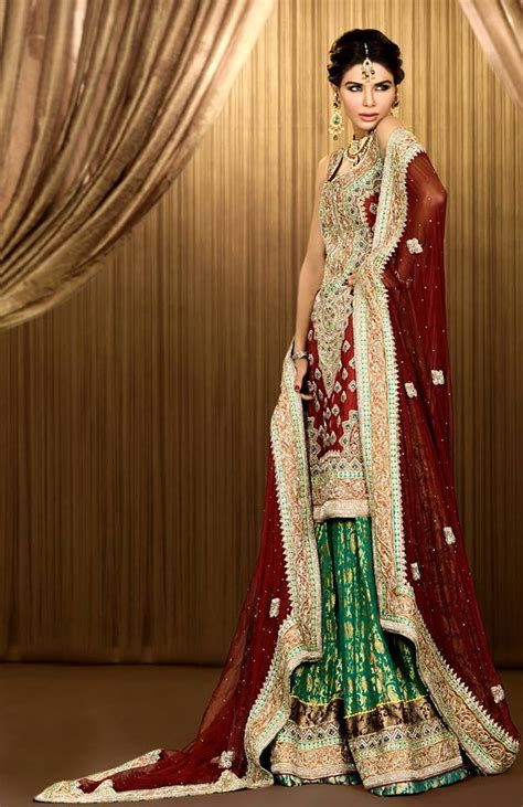 Beautiful Mehdi Bridal  Ee  Dress Ee    Newllection