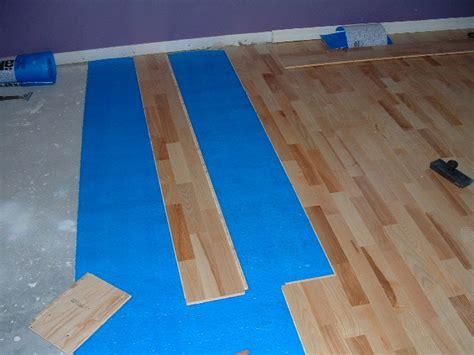 lay floating floor installing engineered floating wood flooring