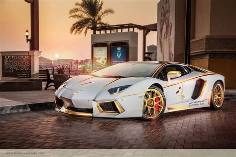Lamborghini Car : Gold Plated Lamborghini Aventador Is