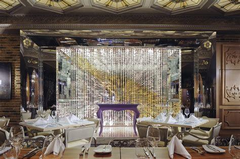 blown glass decoration champagne  lasvit design ludek hroch