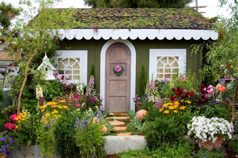 Ah, Cottage Gardens…!  House With Cats  Tips, Design