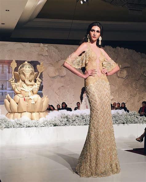 meriahnya acara pembukaan shades  luxury wedding fair
