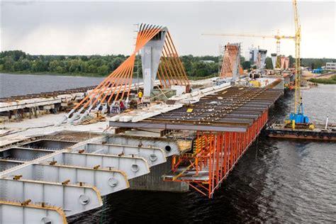 Latvijas Tilti uzvarējuši konkursā par ielas ...