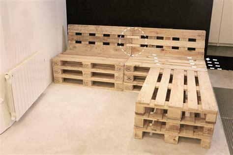 canapé avec des palettes fabriquer canapé d 39 angle en palette