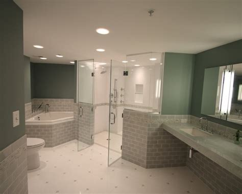 Disabled Bathroom Design by Best 25 Handicap Accessible Home Ideas On