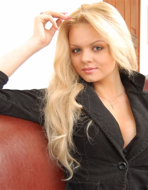 Russian Girls Style In
