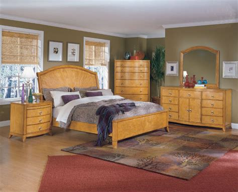 Oak Furniture With Light Color Schemes For Bedrooms Free