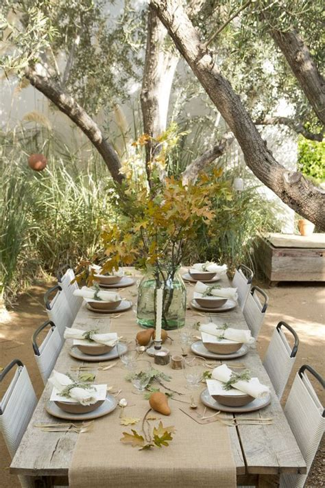 Table Decorating Ideas Candles Apples Autumn Indoor Outdoor Atmosphere 650x325 by 30 Cozy And Inviting Fall Table D 233 Cor Ideas Digsdigs