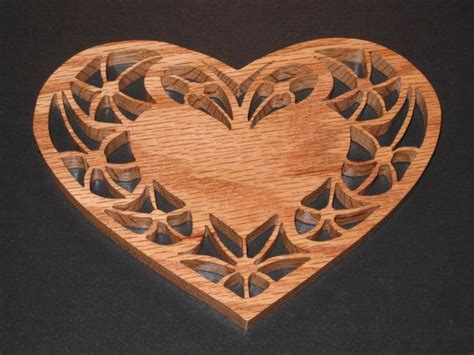scroll  valentines heart shaped candle trivet