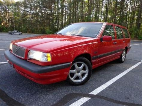 sell   volvo  wagon glt spd leather sunroof