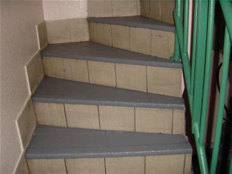 revetement antiderapant pour escalier antiderapant pour sols