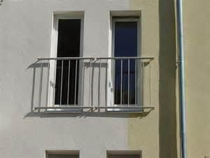 balkon gelã nder edelstahl pin edelstahlgelã nder balkon mit lexanplatten satiniert on