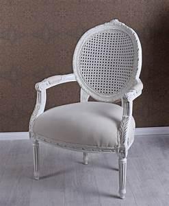 Stuhl Vintage Weiß : vintage armlehnstuhl weiss rokoko stuhl landhaus sessel medaillon armlehnsessel ebay ~ Pilothousefishingboats.com Haus und Dekorationen