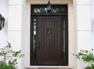 The Front Door Kiki's Decor