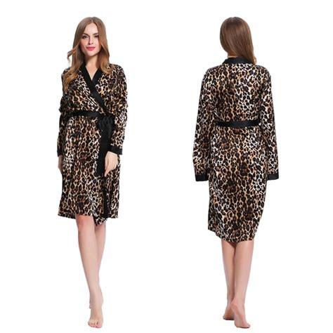 robe de chambre leopard femme top robes robe de chambre longue soie