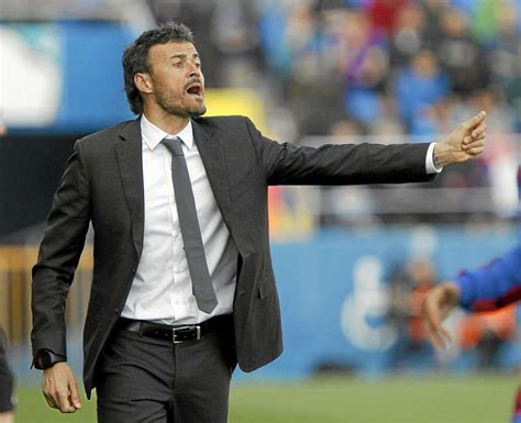 Luis enrique is playing in a midfielder position. Luis Enrique Martínez named new Barça boss - MARCA.com ...