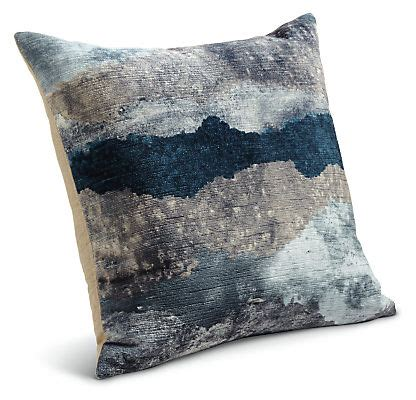 Target Bedroom Throw Pillows by Modern Throw Pillows For Sofa Decorative Throw Pillows For