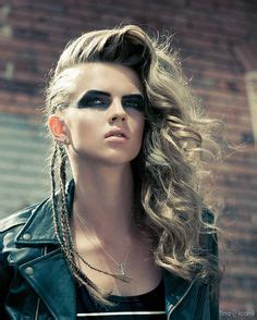 hair styles curls 1000 images about rocker hair make up on 7643