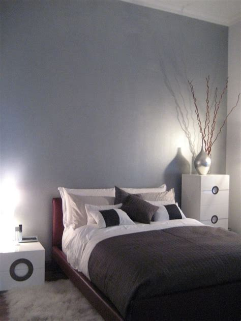 Silber Metallic Wandfarbe by Best 25 Silver Paint Walls Ideas On Gray