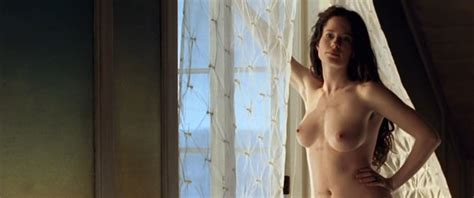 Nackt michelle barthel Nudity in