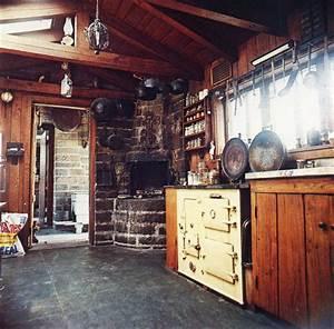 Moon to Moon: Bohemian kitchens