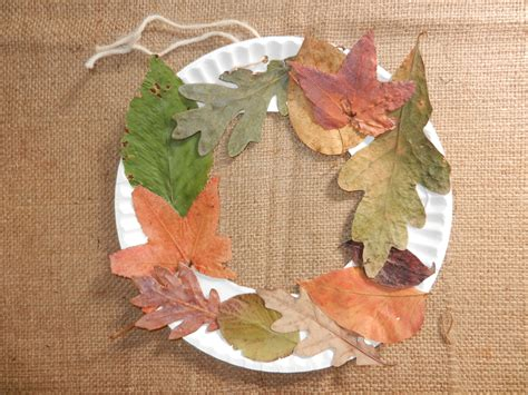 leaf projects fall craft for kids make your own leaf wreath