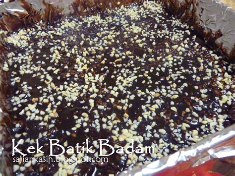 sajian kasih kek batik badam