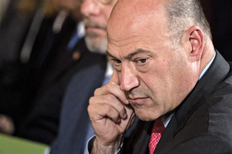 Gary Cohn resigns as top economic adviser to Trump