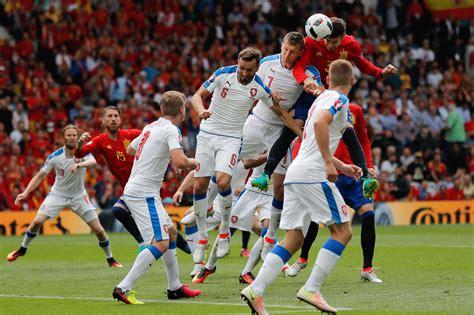 Les temps forts de cette rencontre du groupe a. Espagne - République Tchèque : Piqué libère l'Espagne, le ...