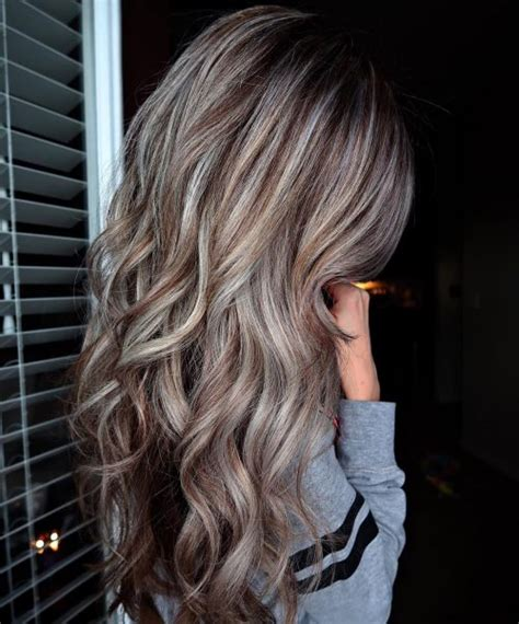 Light Silver Hair by 14 Prettiest Light Brown Hair With Highlights For 2019