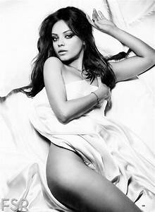 Mila Kunis Hot In Esquires November 2012 Candid Magz